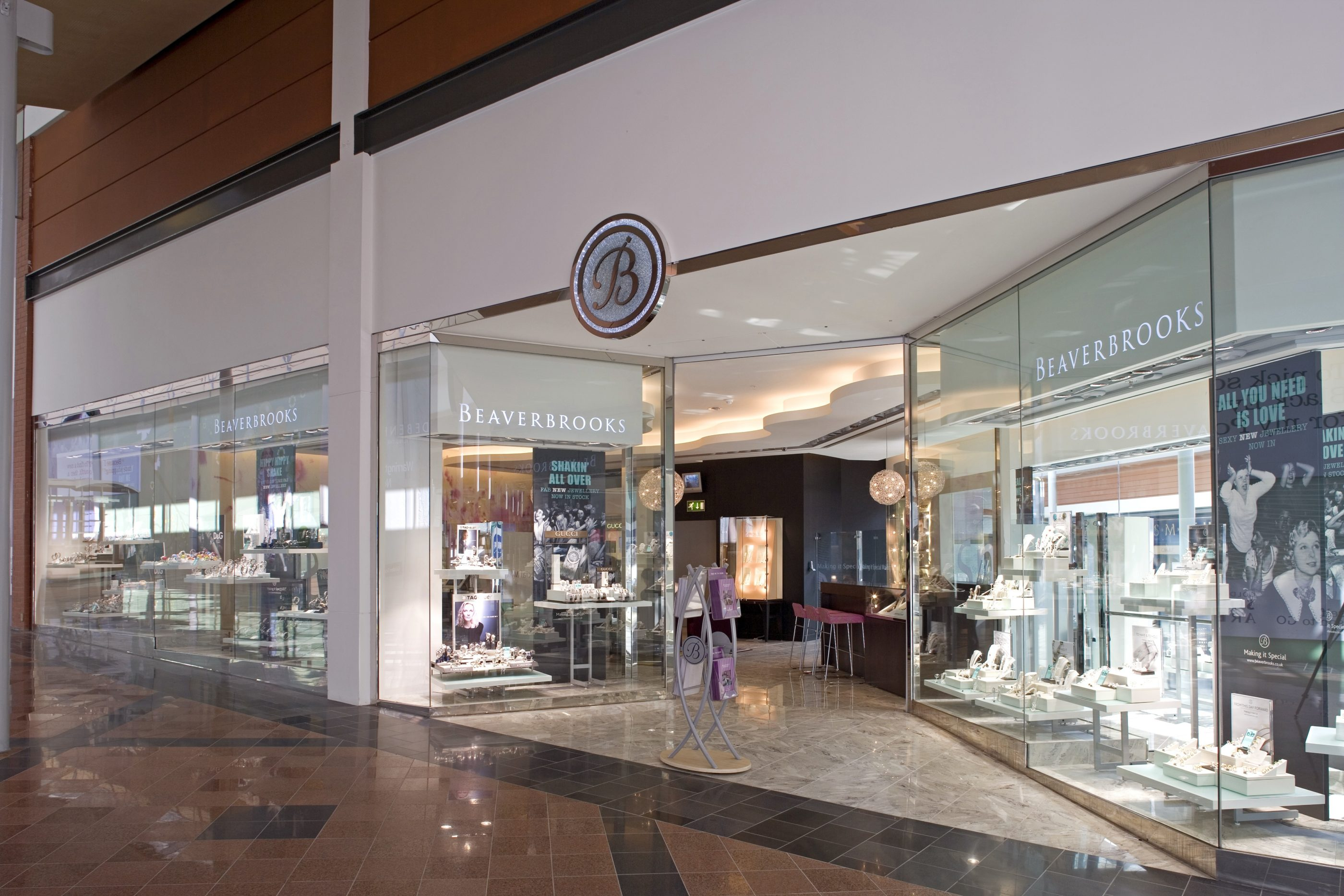Beaverbrooks fit out contractor shopfitter for Bb shop