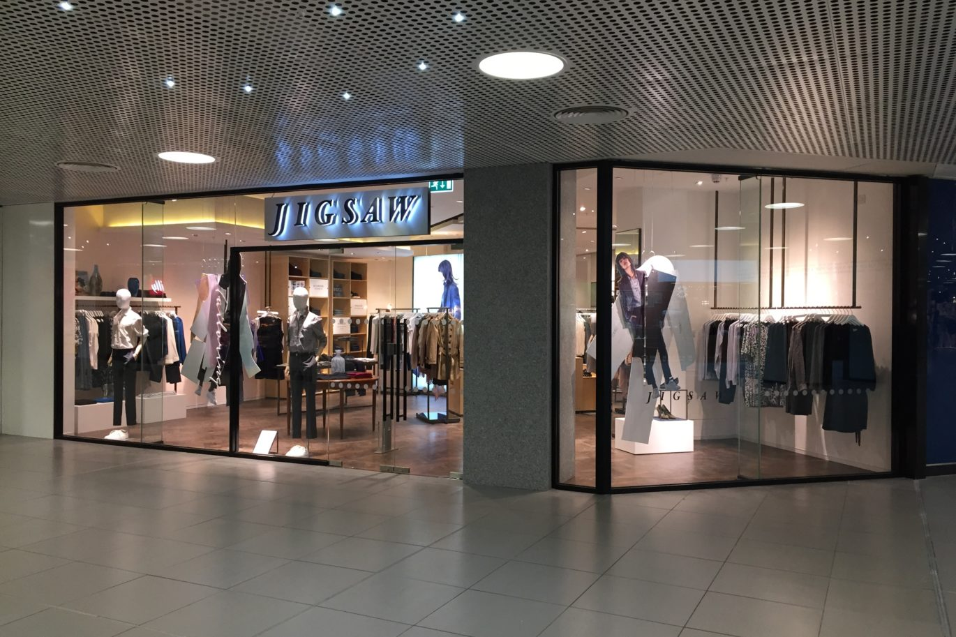 Jigsaw - Fit Out Within Shopping Centre For a Multiple Retailer
